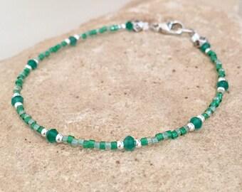Green bracelet, Miyuki seed bead bracelet, green onyx bead bracelet, sterling silver bracelet, sundance style bracelet, small bracelet