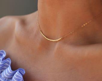 Skinny Bar Necklace, Gold Bar Necklace, Hammered Thin Bar Necklace, Curved Necklace, Skinny Hammered Bar Necklace, Skinny Bar Necklace Gold