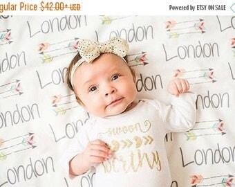 SALE Personalized Baby Blanket - Arrow Blanket - Monogram Baby Blanket - Baby Shower Gift - Custom Blanket - Monogrammed - Name