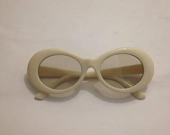Mod Sunglasses, Cream, Retro Futuristic, 1960s Vintage Style