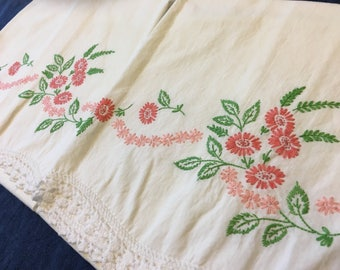 Vintage Pillow Cases, SET of 2 HAND Embroidered Pillowcases Pink Red Green White Bed Linens Wedding Shower Pair Bedding Bridal Gift Slips