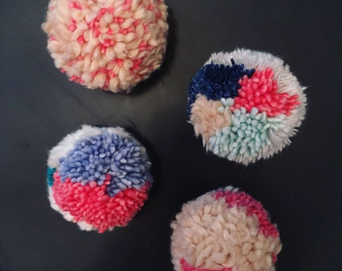 Multi-color Pom-Pom Bunch