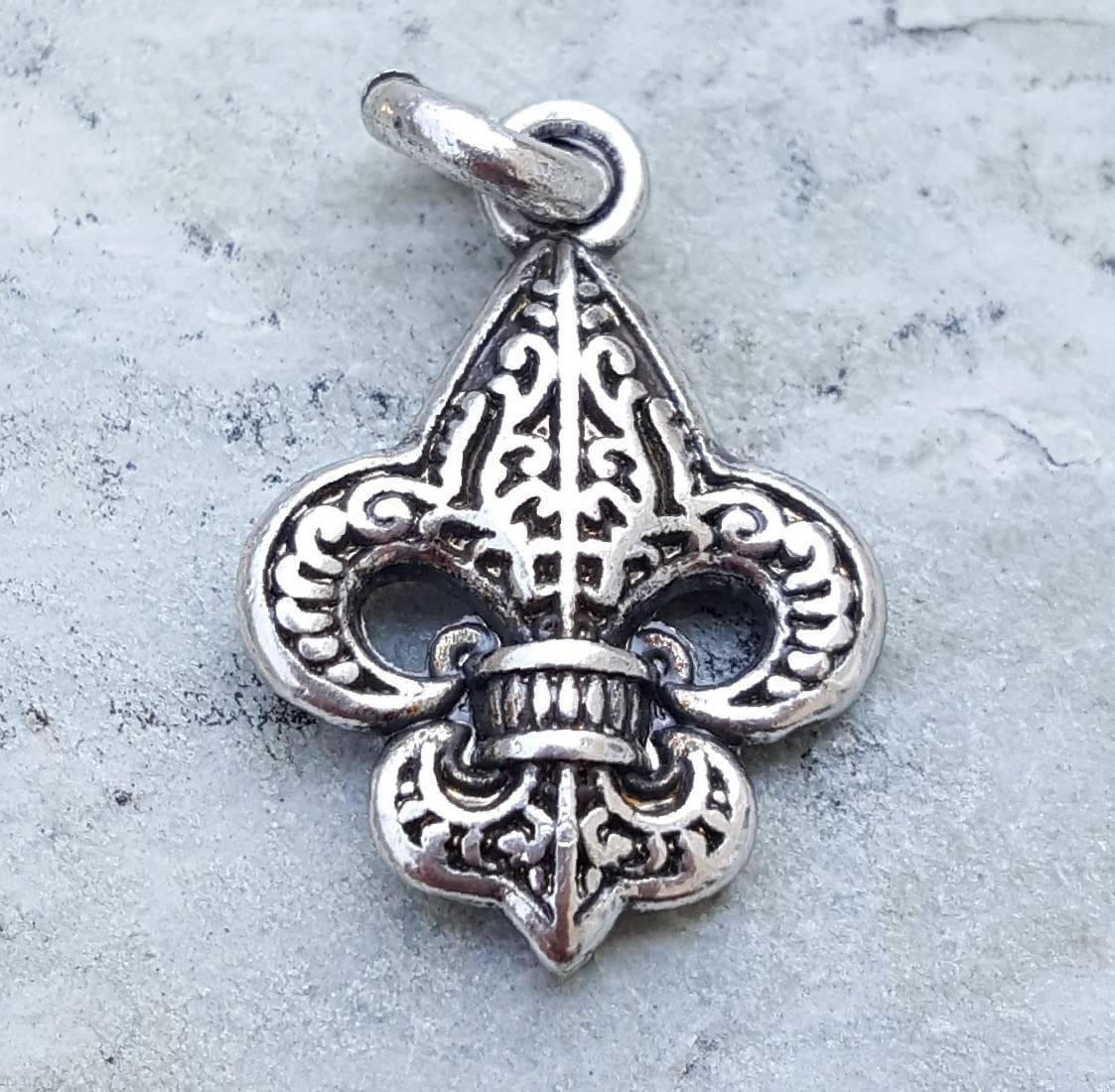 Fleur De Lis Charm Bracelet: Silver Fleur De Lis Charm, Fleur De Lis Pendants Jewelry