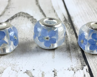 Resin flower bead-Forget me not-resin jewelry-resin flower necklace-forget me nots-bridesmaid jewelry-bridal jewelry