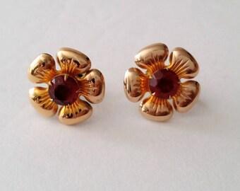 Mid Century 925 Silver Faux Ruby Flower Screw Earrings