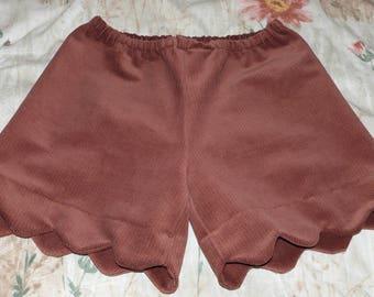 Brown corduroy shorts size 36/38