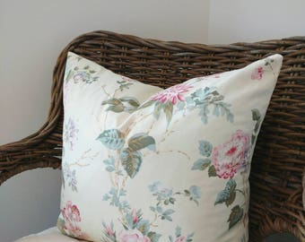 Floral pillow, decorative pillows, HOME DECOR, pink floral pillows, roses pillow covers, Cottage pillows, country roses pillow, roses pillow
