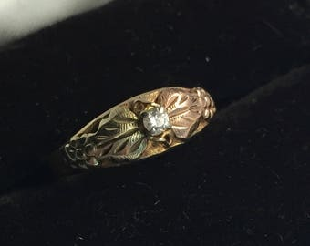 1970s 10k gold and Diamond Black Hills Gold Ring