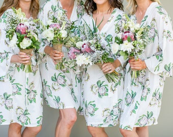 Bridal Robe // Bridesmaid Robes // Robe // Bridal Robe // Bride Robe // Bridal Party Robes // Bridesmaid Gift // Robes