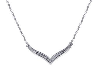 0.30 Carat Diamond V-Shape 10K White Gold Pendant With 14K White Gold Chain