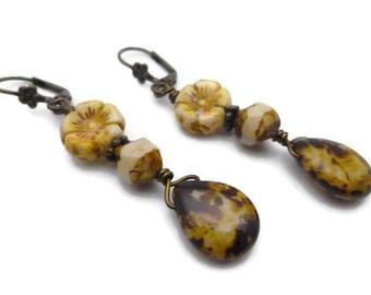 Boucles d'oreilles Bohème chic perles en verre beige ivoire