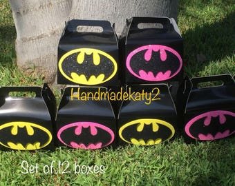 Batman boy or girl  goodie boxes set of 12 pieces.