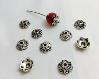 10 cups flower caps, end caps for beads - antique silver - 10 x 10 x 4 mm