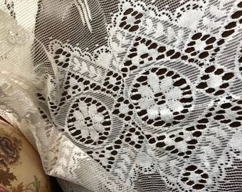 """Vintage Arts & Crafts period shabby chic cottage cotton lace curtain panel c1940s 46"""" x 35"""""""