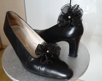 Pair of black organza flower shoe clips, Pearl, handmade