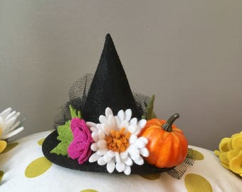 Witch hat, mini witch hat, flower witch hat, felt flower headband, Halloween headband, Fall headband