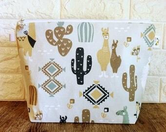 Knitting Project Bag, Project Bag, Knitting Bag, Zippered Wedge Bag, Zippered Project Bag, Gifts for knitter, Medium Project Bag, Llama Bag