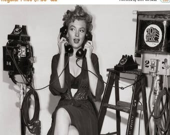 ON SALE Marilyn Monroe - Vintage - 1950s - Photo - Actress - Hollywood - Celebrity - Norma Jeane - Movie - Photograph - Photography - Print