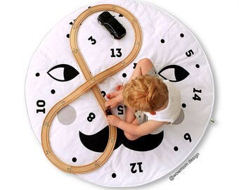 Mr MOON Learn to count / Play Mat/  Floor Rug / Nursery Decor / Hand Printed