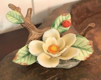 Vintage Lefton China Hand Painted White Flower with Ladybug Porcelain Figurine | Marked #02360