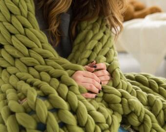 Chunky knit blanket Super chunky blanket Merino wool blanket Giant knit blanket Chunky knit throw Arm knit blanket