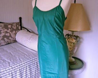 50's Emerald Green Taffeta Slip'Dress