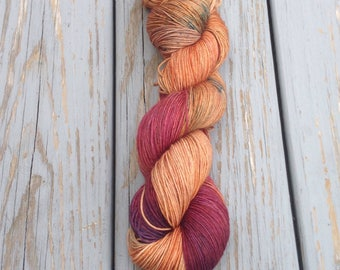 Heckety Peg - Hand dyes yarn