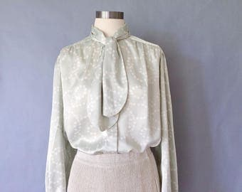 Vintage silky pearl pattern tie button down blouse/shirt/top women's size M/L/XL