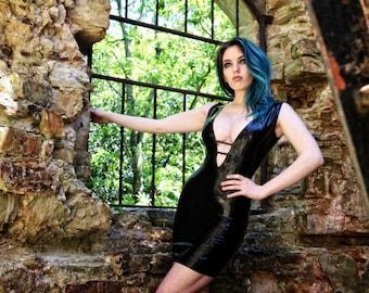 Latex plunge dress (black)