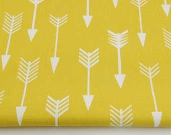 Fabric 100% cotton white arrows on a mustard background 50 x 160 cm, 100% cotton printed accessories.