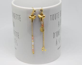 Long earrings, asymmetrical boho chic, pink and gold, cherry and shark tooth charm