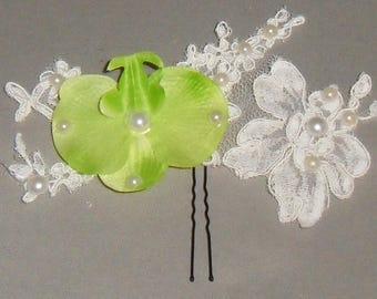 Lace ivory for the bride and Green Pearl hair stick