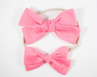 Sloane bow || Hot pink