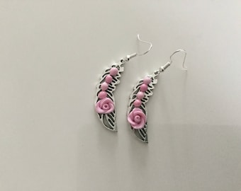 Pink small leaf earrings