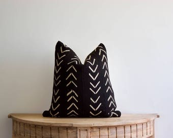 "Mudcloth Pillow Cover ""Dessl"" 18x18"