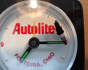 Fostoria Ohio AUTOLITE Travel Clock Tiny Light Fuse Black Plastic Home Collectible