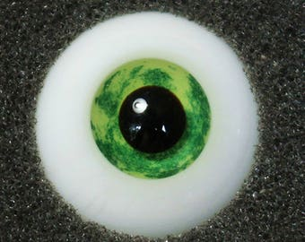 Appletini - Handmade Green BJD Glass Eyes (F06) | 12mm, 14mm, 16mm (Small Iris Available)