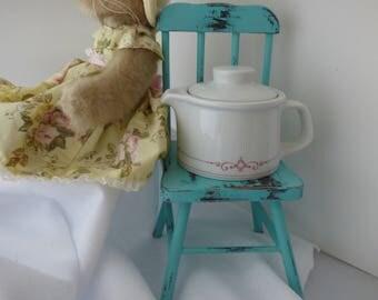 Vintage Bauscher Weiden Single Serve Teapot, white with cranberry color design