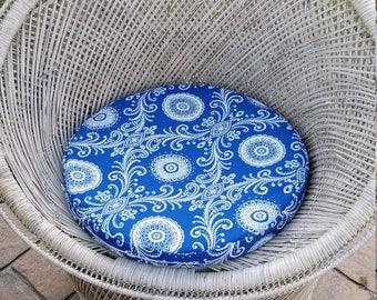 Chic custom seat cushions (indoor or outdoor)