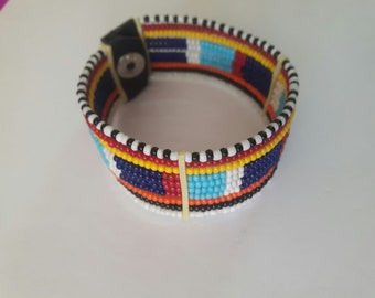 maasai bracelet / beaded bracelet / colourful bracelet
