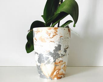 Classic Copper Marble Plant Pot, 12cm Tall Plastic Planter Hand Marbled