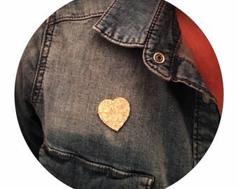 """✨✨Mettez glitter in your life with fabric glitter nude """"heart"""" brooch"""