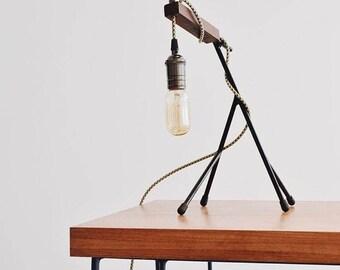 Vértice desk lamp