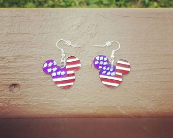 4th of July Minnie Mouse earrings