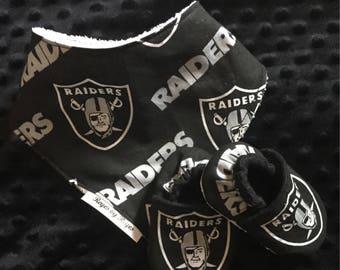 Raiders Bandana Bib and Crib Shoe