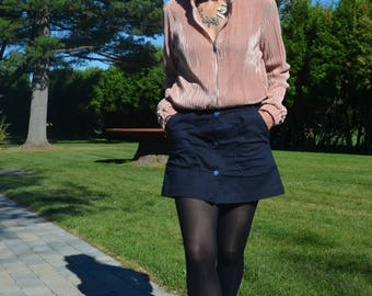 Get 15% off with code NEW15 Mini Skirt 90s Zara!    Pockets and buttons in front of X - Small