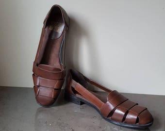 FREE SHIPPING! Vintage  Huarache sandals