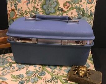On Sale Vintage samsonite traincase blue suitcase royal traveler Montebello II makeup case carry on luggage retro traincase storage decor  b
