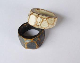 ring facet oak wax worn black or white