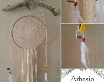 dream catcher feathers and wood